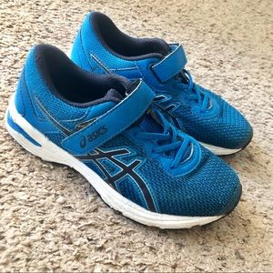 ASICS Royal blue sneakers, size 3